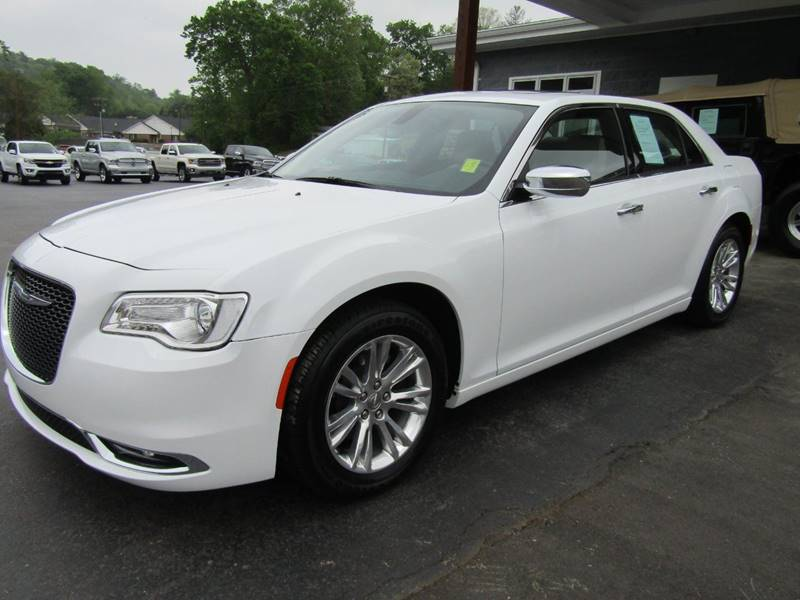 2016 Chrysler 300 for sale at Specialty Car Company in North Wilkesboro NC