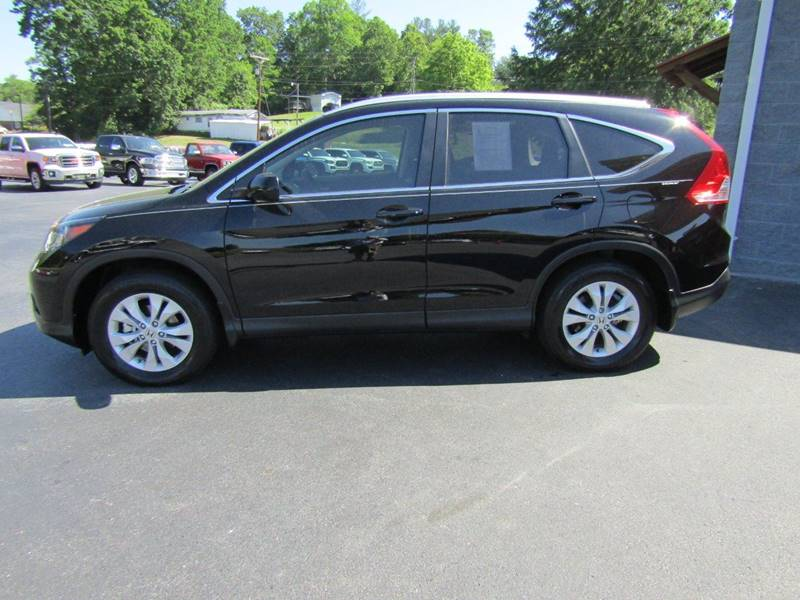 2014 Honda CR-V for sale at Specialty Car Company in North Wilkesboro NC