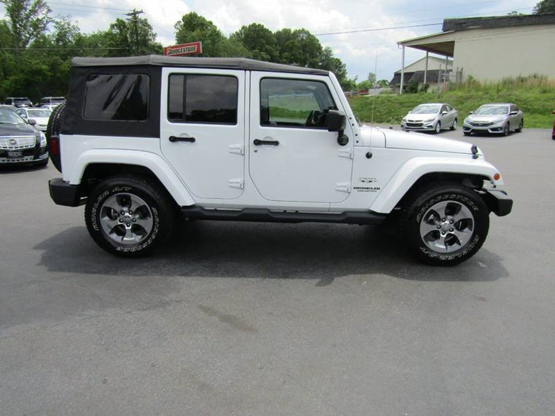 2016 Jeep Wrangler Unlimited for sale at Specialty Car Company in North Wilkesboro NC