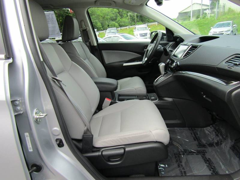 2016 Honda CR-V for sale at Specialty Car Company in North Wilkesboro NC