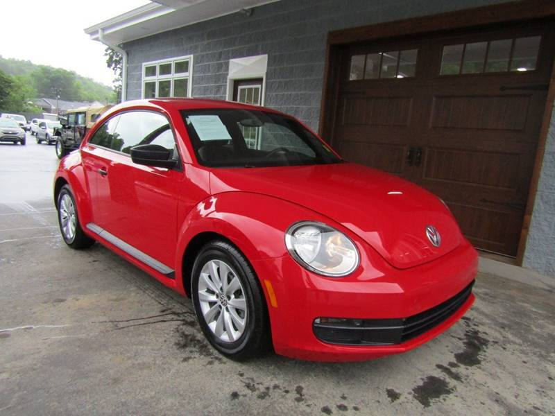 2015 Volkswagen Beetle for sale at Specialty Car Company in North Wilkesboro NC