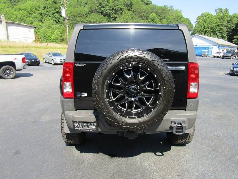 2006 HUMMER H3 for sale at Specialty Car Company in North Wilkesboro NC