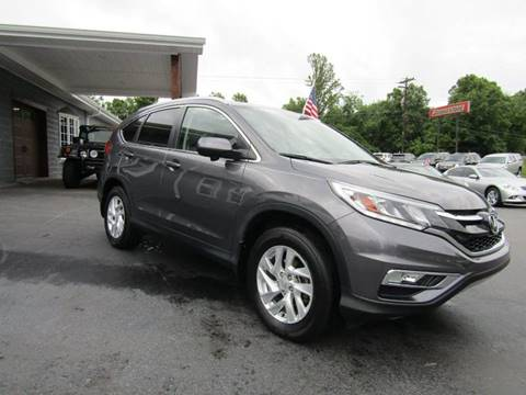 2015 Honda CR-V for sale at Specialty Car Company in North Wilkesboro NC