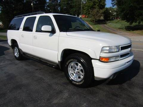 2006 Chevrolet Suburban for sale at Specialty Car Company in North Wilkesboro NC