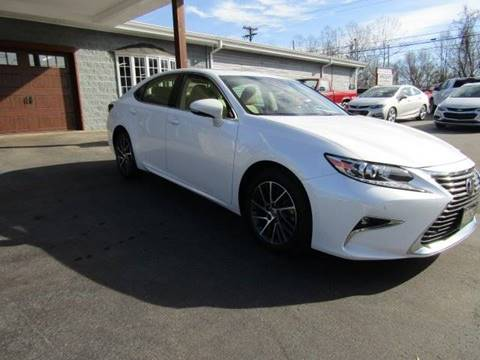2017 Lexus ES 350 for sale at Specialty Car Company in North Wilkesboro NC