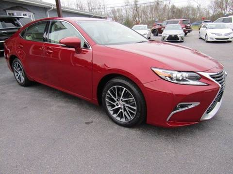 2017 Lexus ES 350 for sale at Specialty Car Company in North Wilkesboro NC