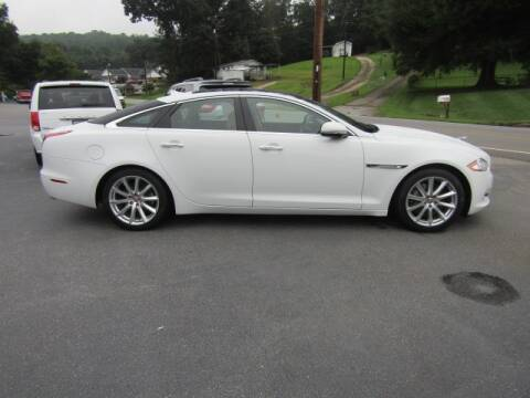 2014 Jaguar XJ for sale at Specialty Car Company in North Wilkesboro NC