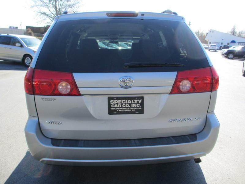 2006 Toyota Sienna for sale at Specialty Car Company in North Wilkesboro NC