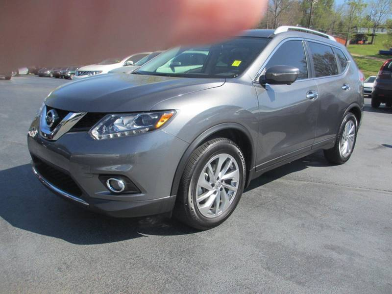 2015 Nissan Rogue for sale at Specialty Car Company in North Wilkesboro NC