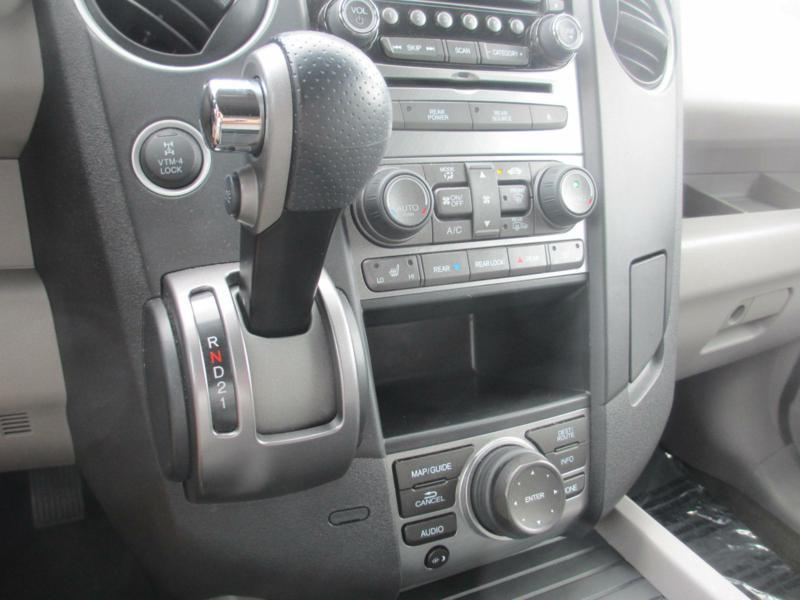 2015 Honda Pilot for sale at Specialty Car Company in North Wilkesboro NC