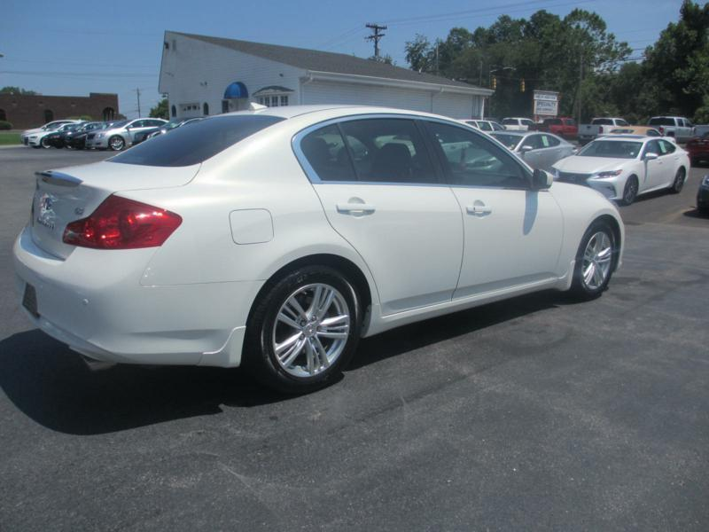2013 Infiniti G37 Sedan for sale at Specialty Car Company in North Wilkesboro NC