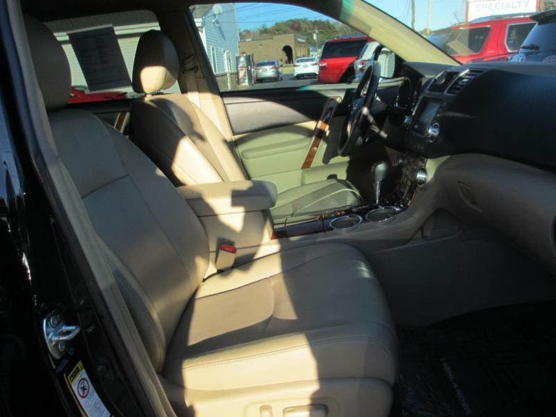 2012 Toyota Highlander for sale at Specialty Car Company in North Wilkesboro NC