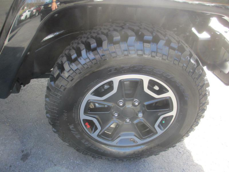 2015 Jeep Wrangler Unlimited for sale at Specialty Car Company in North Wilkesboro NC