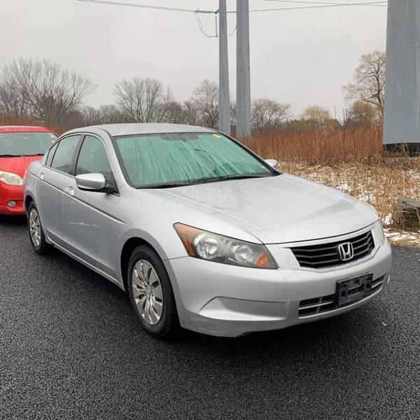 2010 Honda Accord LX (image 4)