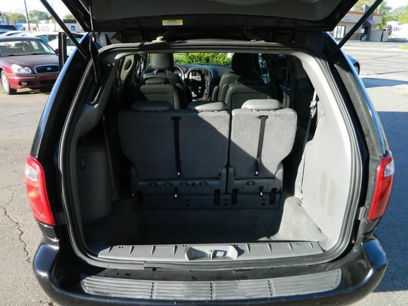 2007 Dodge Grand Caravan SXT 4dr Extended Mini-Van - Lincoln Park MI