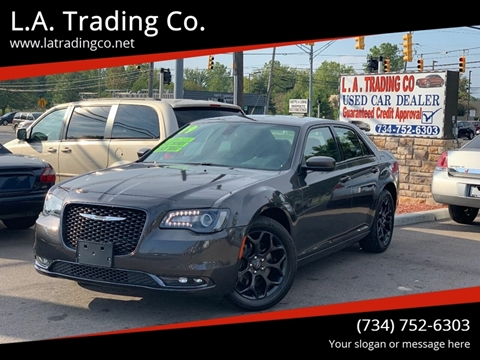 2019 Chrysler 300 for sale in Woodhaven, MI