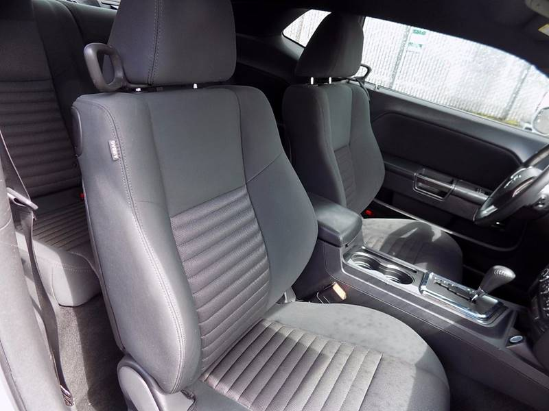2012 Dodge Challenger SXT 2dr Coupe - Hillsboro OR