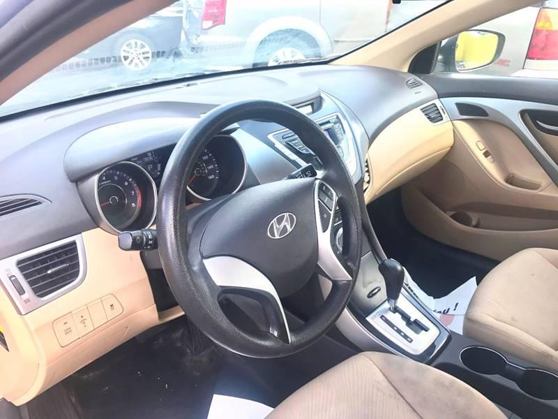 2012 Hyundai Elantra GLS 4dr Sedan - Kalamazoo MI