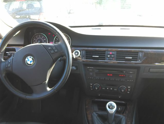 2006 BMW 3 Series 325i 4dr Sedan - Kalamazoo MI