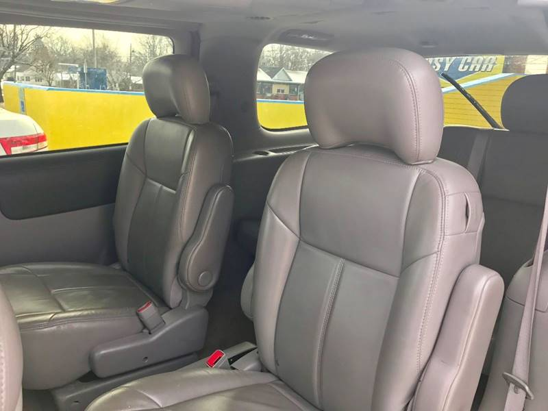 2005 Chevrolet Uplander LT 4dr Mini Van - Kalamazoo MI