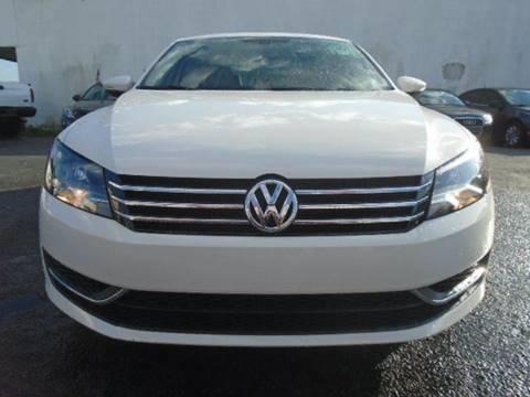 2012 Volkswagen Passat for sale in Oakland Park, FL
