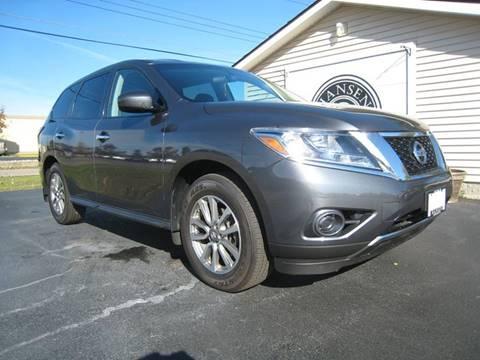 2013 Nissan Pathfinder for sale in Escanaba, MI