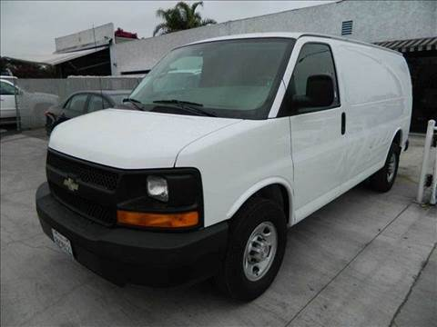 2009 Chevrolet Express for sale at Best Buy Quality Cars in Bellflower CA