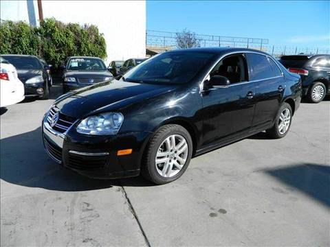 2005 Volkswagen Jetta for sale at Best Buy Quality Cars in Bellflower CA