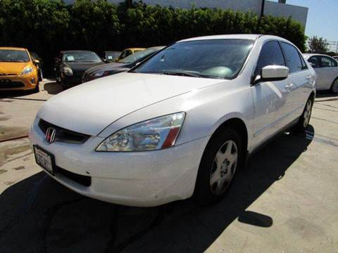 2005 Honda Accord for sale at Best Buy Quality Cars in Bellflower CA
