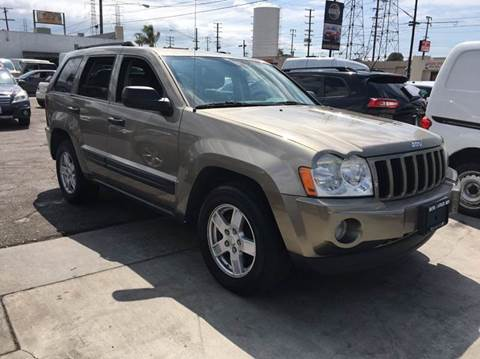 2005 Jeep Grand Cherokee for sale at Best Buy Quality Cars in Bellflower CA