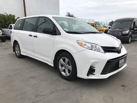 2018 Toyota Sienna for sale at Best Buy Quality Cars in Bellflower CA