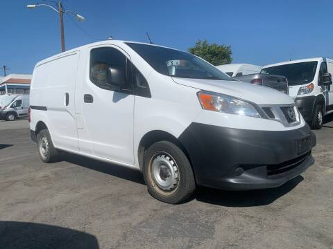 2018 Nissan NV200 for sale at Best Buy Quality Cars in Bellflower CA