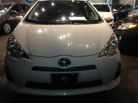 2013 Toyota Prius c for sale at PRIUS PLANET in Laguna Hills CA