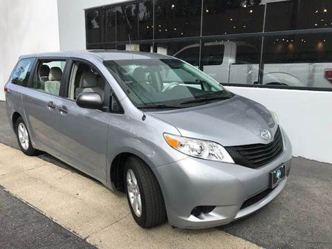 2013 Toyota Sienna for sale at PRIUS PLANET in Laguna Hills CA