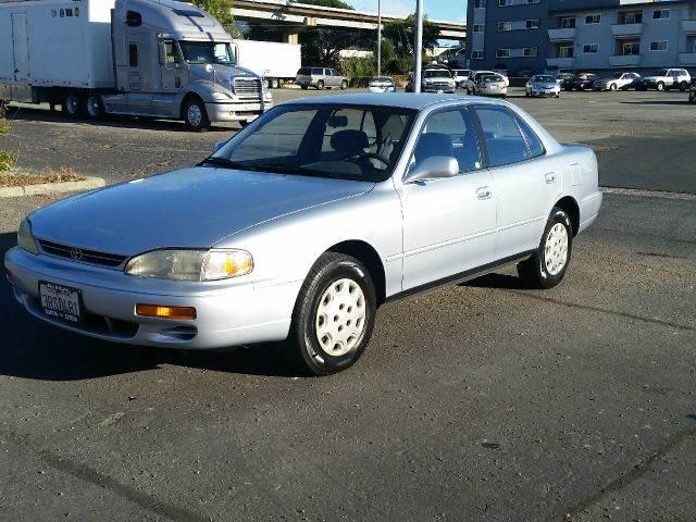 1996 Toyota Camry LE 4dr Sedan   Pinole CA