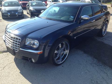 2005 Chrysler 300 for sale at Quality Auto Group in San Antonio TX