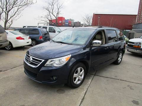 2009 Volkswagen Routan for sale in Brooklyn, NY