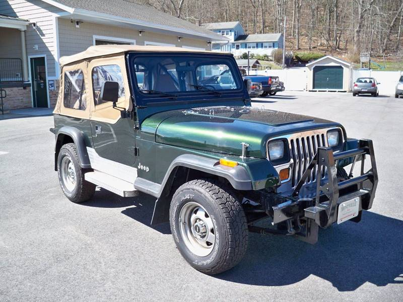 1992 Jeep Wrangler 2dr S 4WD SUV - Uncasville CT