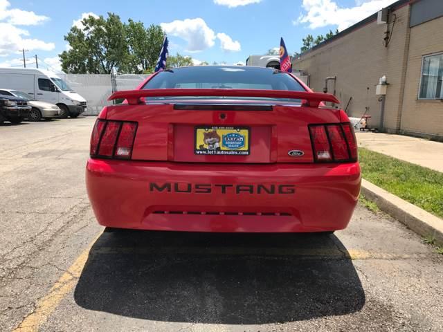 2002 Ford Mustang Base 2dr Fastback - Melrose Park IL