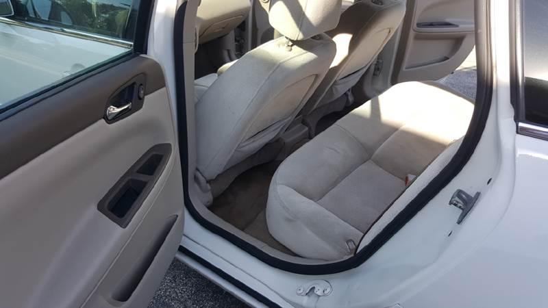 2007 Chevrolet Impala LT 4dr Sedan w/ roof rail curtain delete - Melrose Park IL