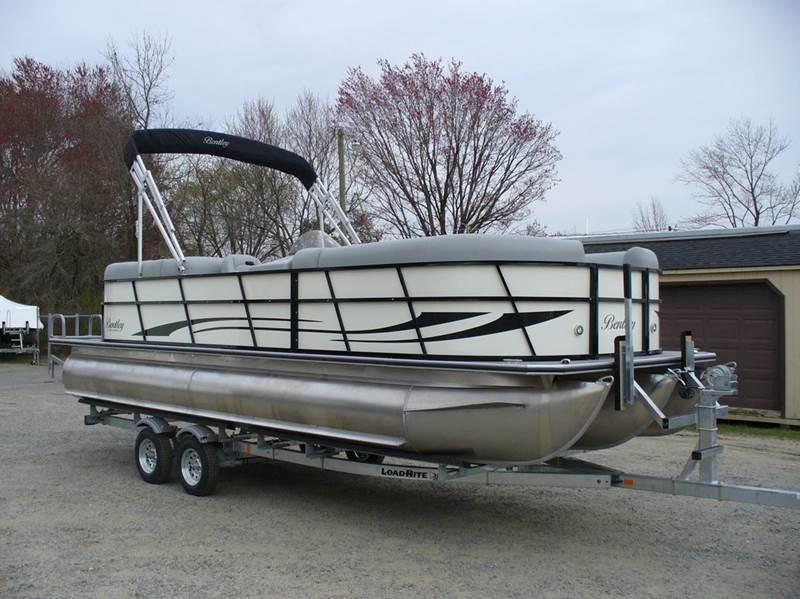 2018 Bentley 243 Navigator for sale at Performance Boats in Spotsylvania VA