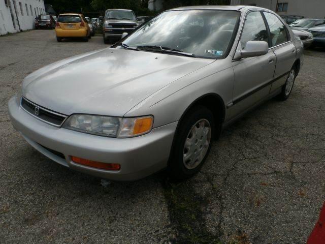 1996 Honda Accord Lx Sedan In Columbus Oh Nile Auto