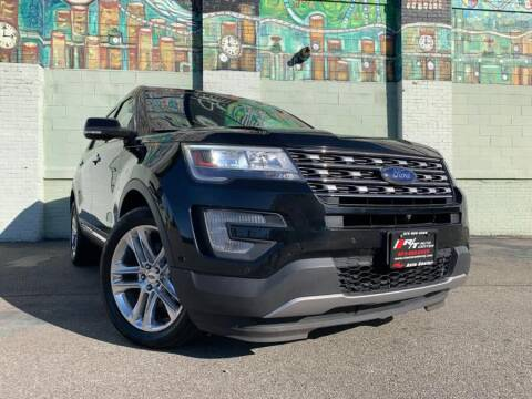 2017 Ford Explorer Limited for sale at R/T AUTO CENTER LLC in Newark NJ