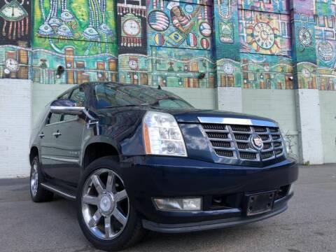2008 Cadillac Escalade for sale at R/T AUTO CENTER LLC in Newark NJ