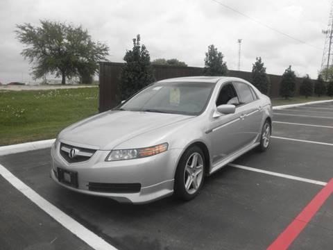 https://cdn04.carsforsale.com/3/516747/18574409/thumb/1033072439.jpg