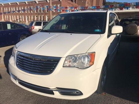 2011 Chrysler Town and Country for sale in Weston, WV