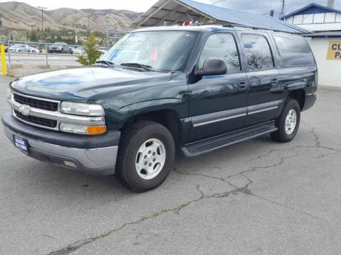 2004 Chevrolet Suburban for sale at Exclusive Car & Truck in Yucaipa CA