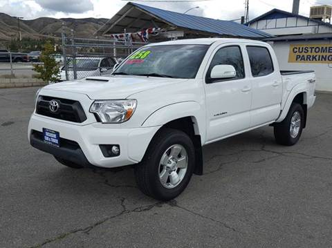 2015 Toyota Tacoma for sale at Exclusive Car & Truck in Yucaipa CA