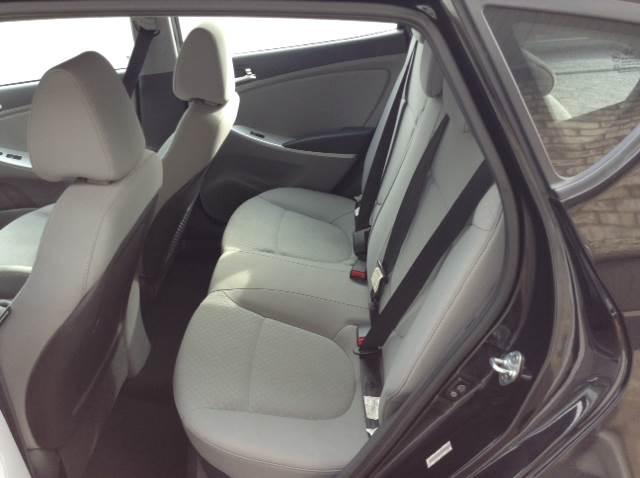 2012 Hyundai Accent SE 4dr Hatchback - Hanover PA
