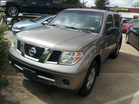 2005 Nissan Pathfinder for sale at Bad Credit Call Fadi in Dallas TX